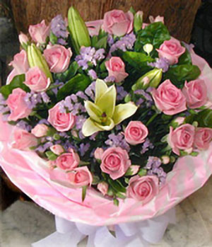 21 Pink Roses, 2 Lilies