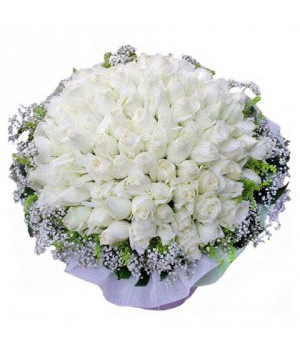 99 white roses bouquet - flower delivery to China