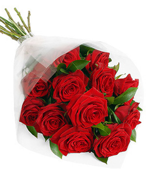 Send Twelve Roses Bouquet to China