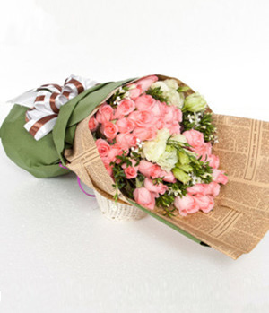 send 33 pink roses hand bouquet in China