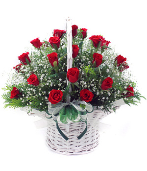 China Florist - Beautiful Rose Basket
