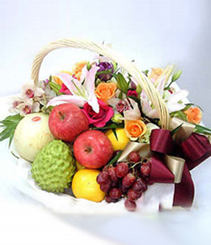 Flower with fruit delivery