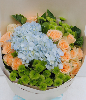 Blue Hydrangeas, Roses Mixed Flower To China