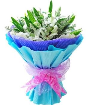 6 White Lilies